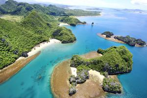 Caramoan Tour Package Packages